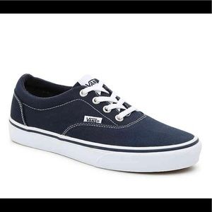 NWT VANS Youth Sz 4 Canvas Navy Doherty Sneakers